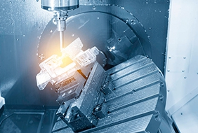 The oil leakage situation in the CNC machining center is the cause _